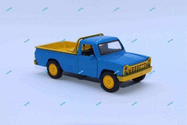 ماشین فلزی وانت نیسان آبی جرثقیلدار سپر زرد