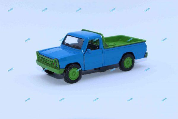 ماشین فلزی وانت نیسان آبی جرثقیلدار سپر سبز